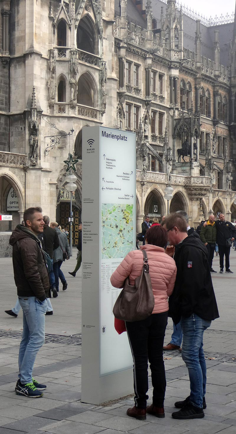 Wayfinding system for the inner city of Munich